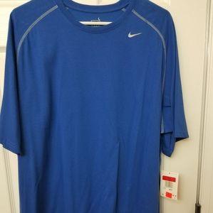 Nike nwt large blue tshirt
